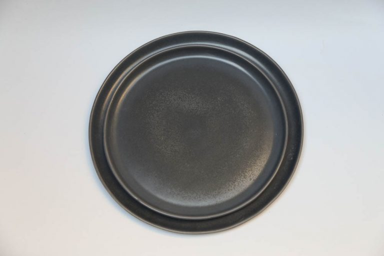 the-commons-felt-and-fat-black-plate-768x512